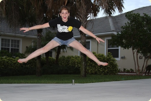 LoLo toe touch